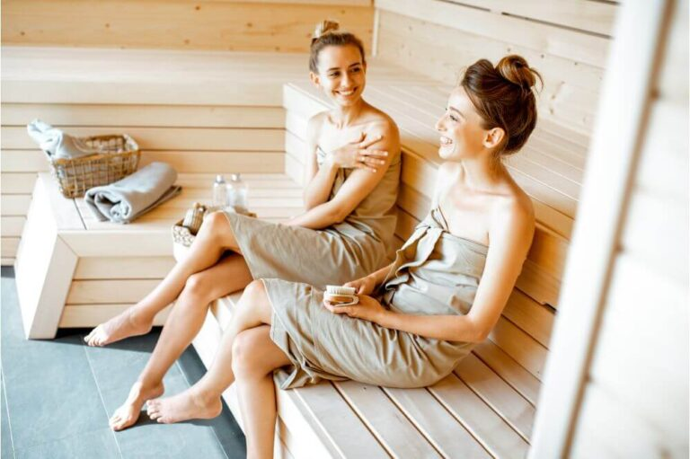Difference Between a Sauna and a Steam Room